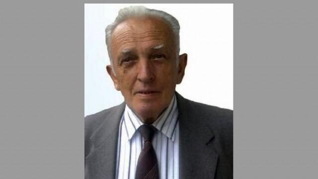 """Почина нашият колега, първият главен редактор на вестник """"Посоки"""" Тодор Цветков"""