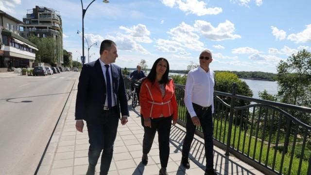 Лиляна Павлова провери напредъка на строителните дейности по два големи европейски проекта на Община Русе