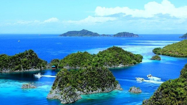 Тревожно: Потънаха два острова в Индонезия. Застрашени с са още четири