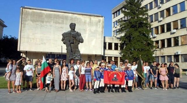 """Стартира 26-ият Национален поход """"По стъпките на Апостола"""" Плевен – Карлово"""
