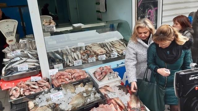 БАБХ съветва как да избираме прясна риба за Никулден