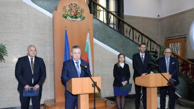 Янаки Стоилов предлага промени в правилата за възлагане на