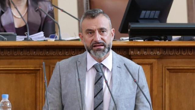 Да черпи днес депутатът-барабанист Калин Вельов