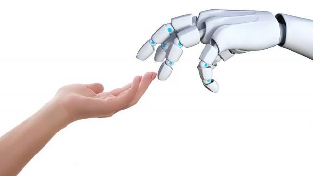 Единствен в Европа робот-камериерка работи в софийски хотел (Видео)