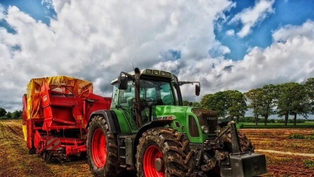 Земеделските стопани избират сами реда за облагане на доходите им