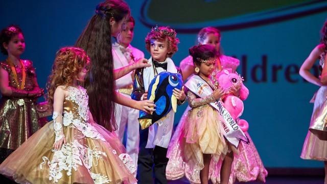 6-годишният Даниел от Плевен стана Малък Мистър Свят 2017