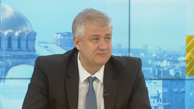 Проф. Балтов: След първа доза на ваксинация организмът остава уязвим към заразата до 21-ия ден