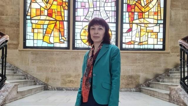 """Доцент Милена Карчева е новият декан на Факултет """"Обществено здраве"""" при МУ - Плевен"""