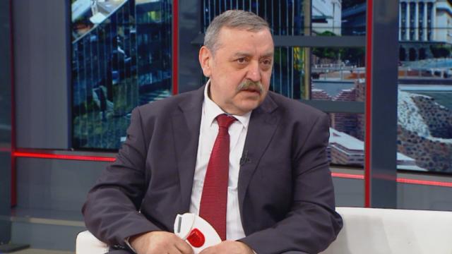 Тодор Кантарджиев: Сега е най-важна самодисциплината на българите
