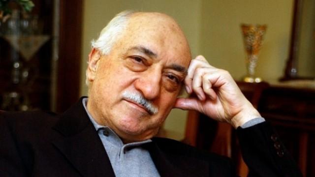 Гюлен обвини Ердоган, че сам е инсценирал военния метеж