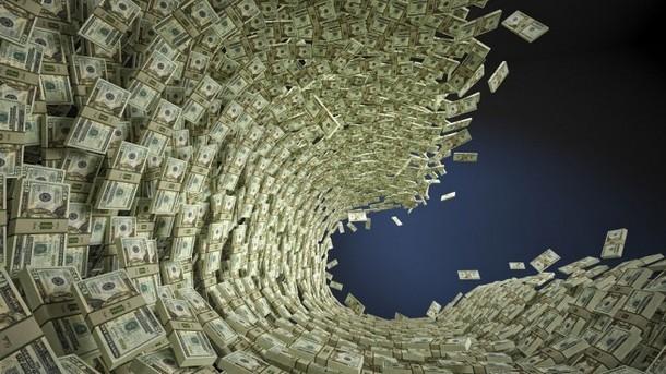 Германия печели луди пари от кризата в Гърция