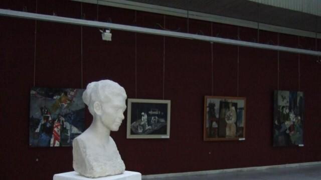 Къде са парите за ремонта на Художествената галерия питат съветници от ДБ