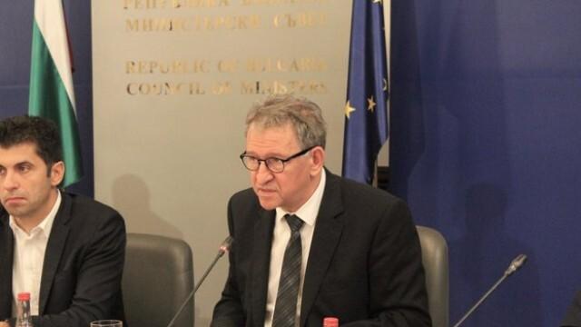 Стойчо Кацаров изиска цялата информация за регистрирания случай на индийския вариант на COVID-19