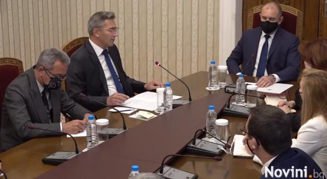 ДПС при президента: Няма да подкрепим ГЕРБ и БСП