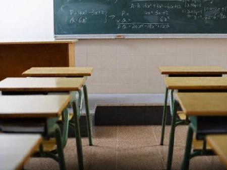 Русе: Директори от страната нищят финансовото управление на училищата