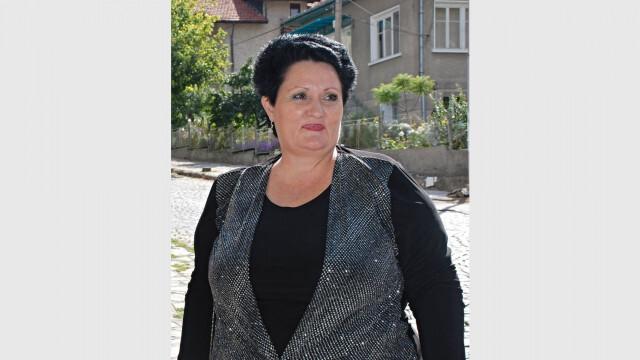 Вижте лекарката, която издъхна на 45-тата минута в спешното на Александровска болница.