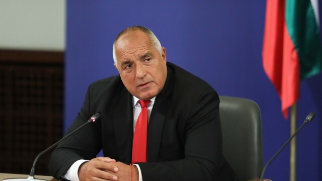 Борисов: Държавата купува дял от ПИБ. Румен Гечев: Това е абсолютен скандал
