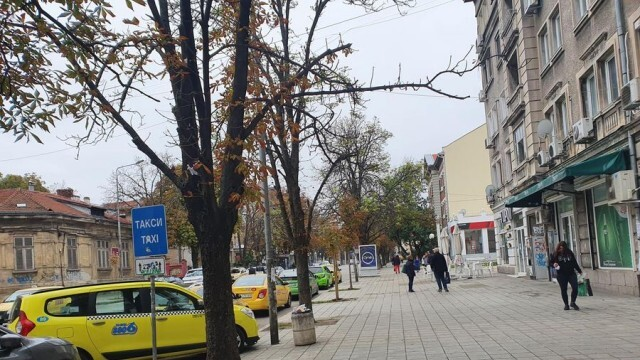 За по-високи тарифи настояват такситата в Русе