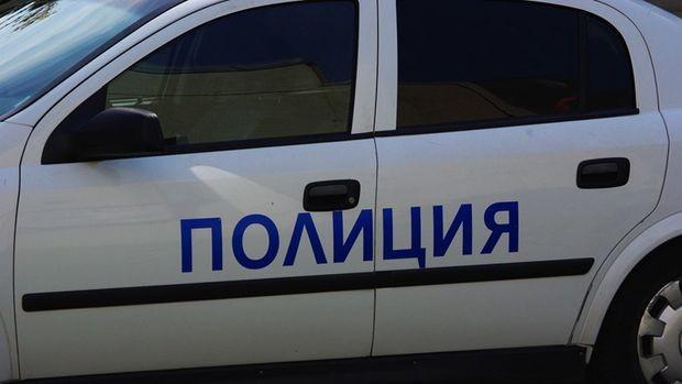 София: Въоръжени и маскирани опитаха да оберат инкасо автомобил в 8 сутринта