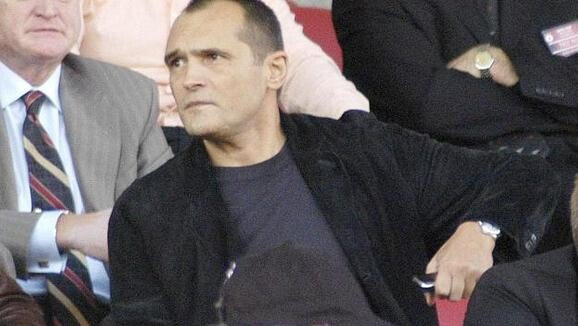 Паднаха запори на Васил Божков за 300 милиона лева