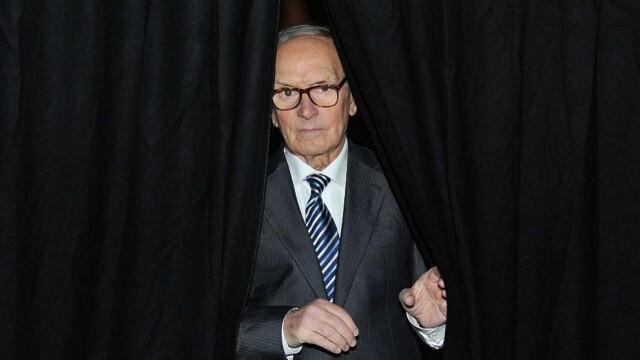 Отиде си Енио Мориконе, един от най-популярните композитори в киното (ВИДЕО)