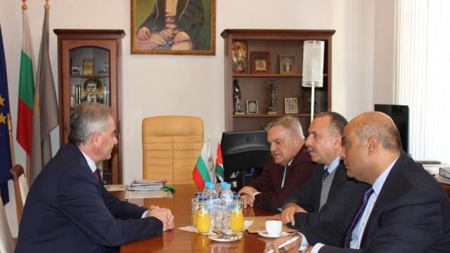Третият по големина град в Йордания заяви интерес да се побратими с Плевен