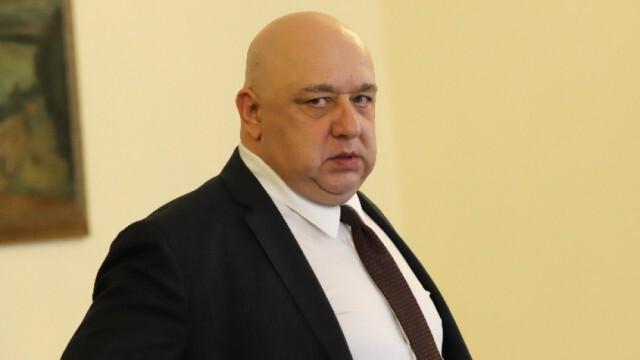 Спортният министър Красен Кралев е с коронавирус!