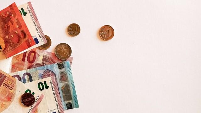 България е 36-та сред най-богатите страни - на човек се падали по 9586 евро финансови активи