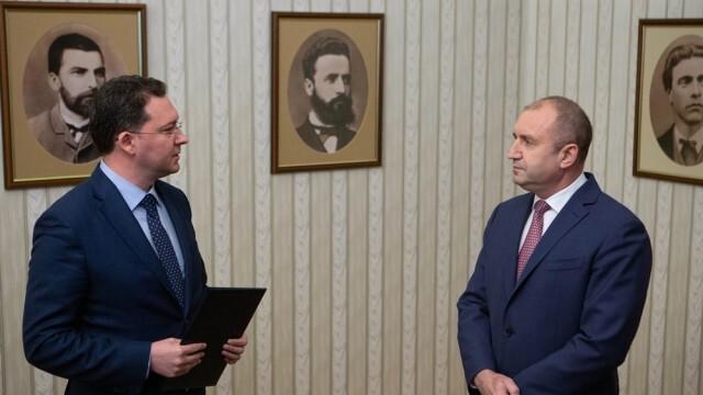 ГЕРБ-СДС върнаха мандата на президента. Радев: Страната има нужда от стабилно правителство