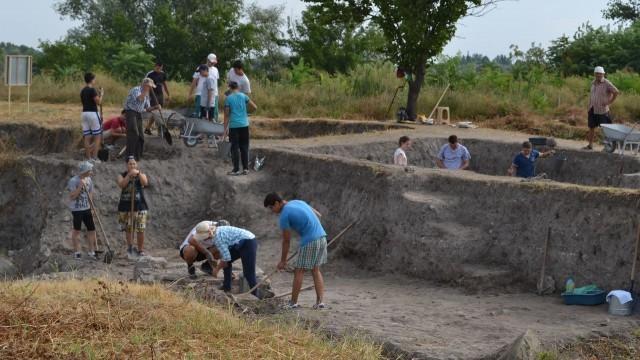 Белене: Започнаха археологически разкопки на античния кастел Димум