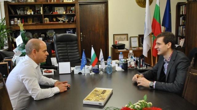 Русенецът Явор Попов получи златна значка от кмета Стоилов