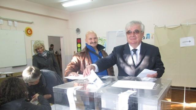 Проф.Димитър Стойков: Гласувах за това да довършим картината на новия Плевен