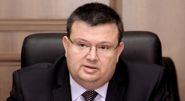Цацаров поиска от НС разрешение за арест на Сидеров и Чуколов