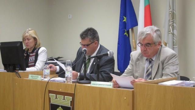 Плевен: Общинският съвет отхвърли замяна  на държавен с общински имот