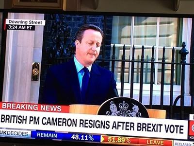 Преди минути: Дейвид Камерън подаде оставка като премиер на Великобритания /ВИДЕО/