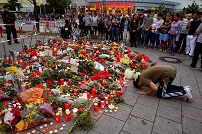 Пистолетът на стрелеца в Мюнхен бил преправен театрален реквизит