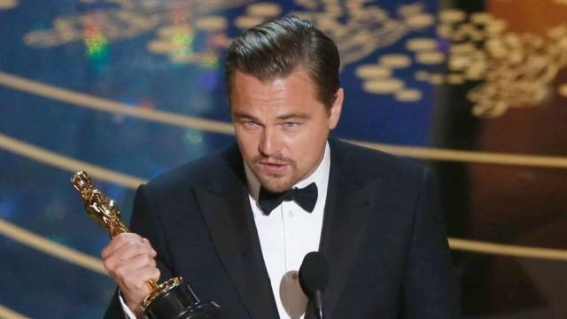 """Леонардо  Ди Каприо най-сетне с """"Оскар"""" /ВИДЕО/"""