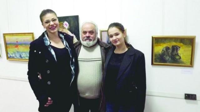 Силистра: Млади художнички направиха творчески дебют с изложба