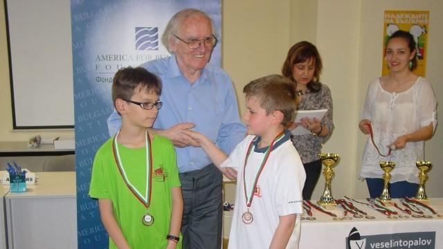 Бронз за плевенски шахматисти от национален турнир