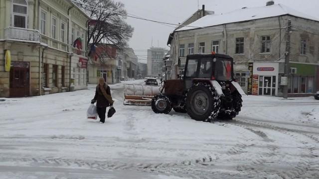 30 машини почистиха пътищата в Силистренско