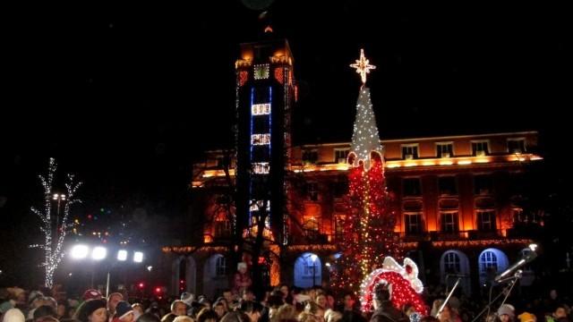 Плевен ще посрещнe Новата година с Funky Miracle и Северняшкия ансамбъл на площада