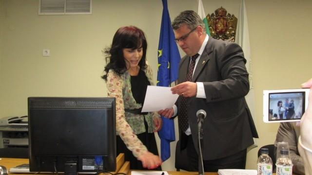 Плевен: Ралица Веселинова положи клетва като общински съветник