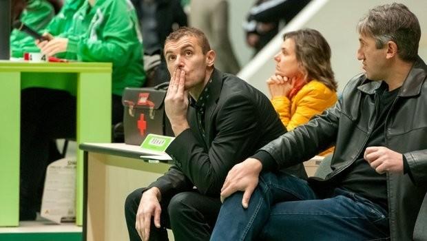 Баскетбол: Илия Станков ще продължи да води