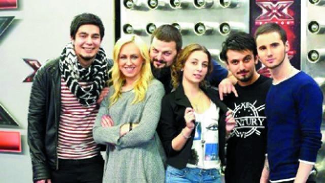 Феновете на X Factor могат да предложат текст за песен за финалистите