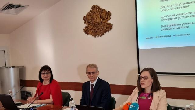 Проф. Николай Денков: Вълната от Делта варианта може да дойде преди началото на учебната година