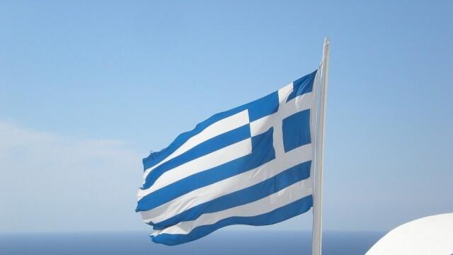 В Гърция скочиха срещу носенето на маски в училище