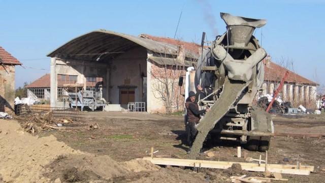 Започна изграждането на складова база за зеленчуци в село Брест, община Гулянци