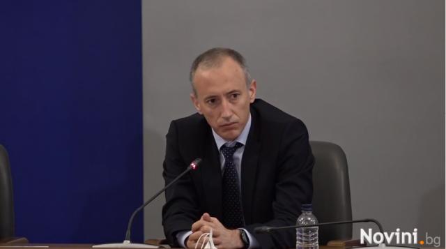 Красимир Вълчев: Ако ситуацията се влоши, ще се откажем от графика за присъствено обучение
