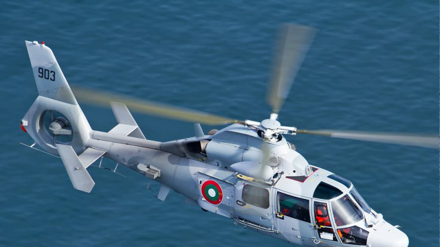 Военен хеликоптер транспортира родилка спешно от Силистра до Варна