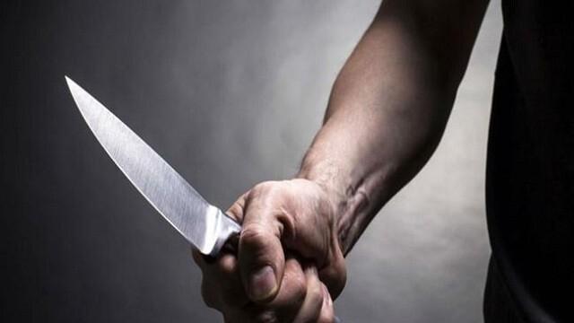 Мъж беше намушкан с нож при скандал в хостел